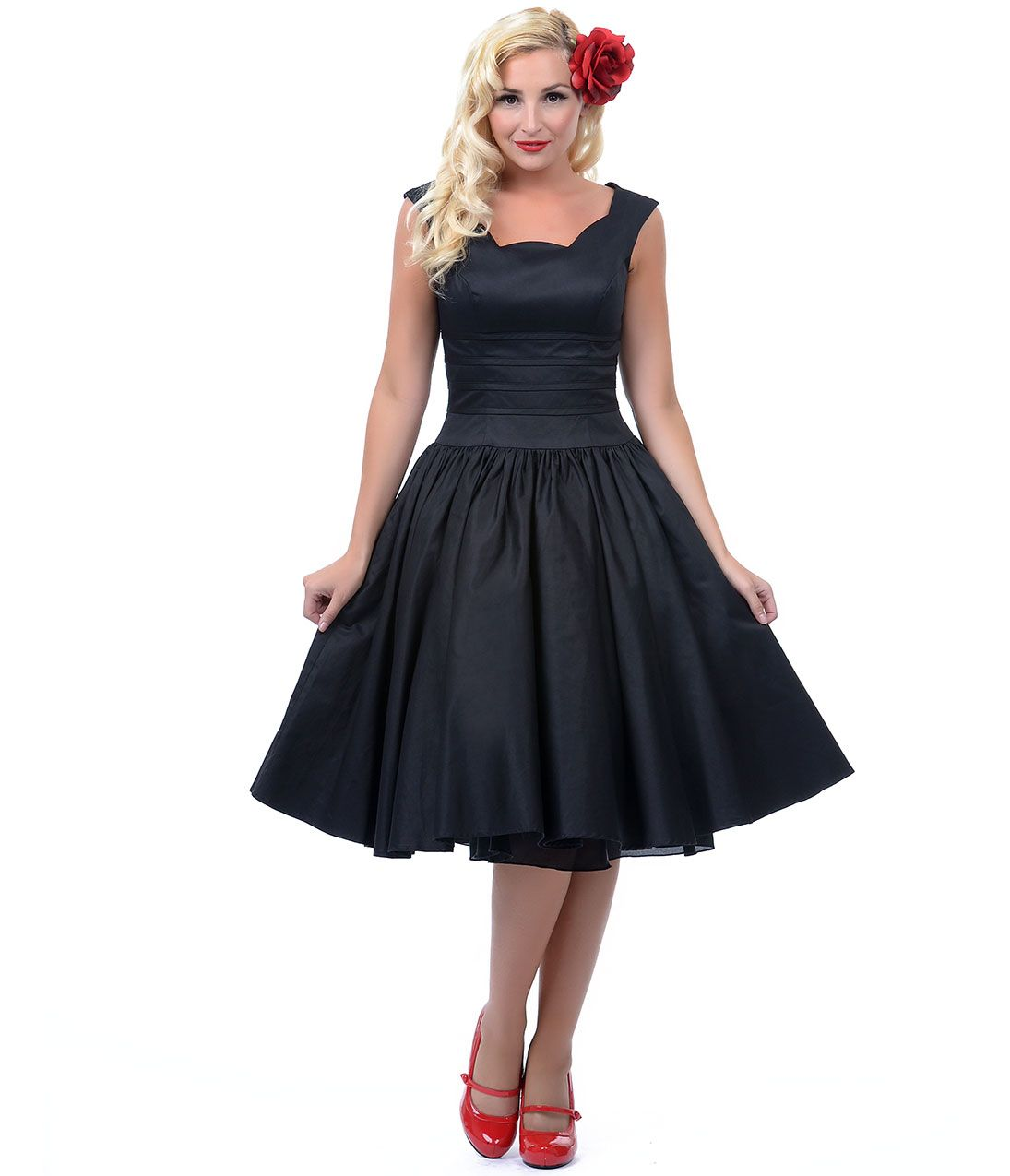 23813e2523e Unique Vintage Roman Holiday Black Scalloped Neck Swing Dress  uniquevintage   prom