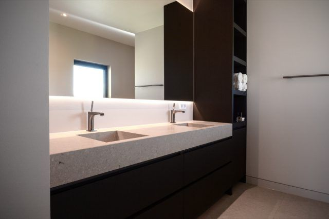 Luxe Badkamer Inrichten : Badkamer inrichting met luxe deisgn meubels badkamer ideeën