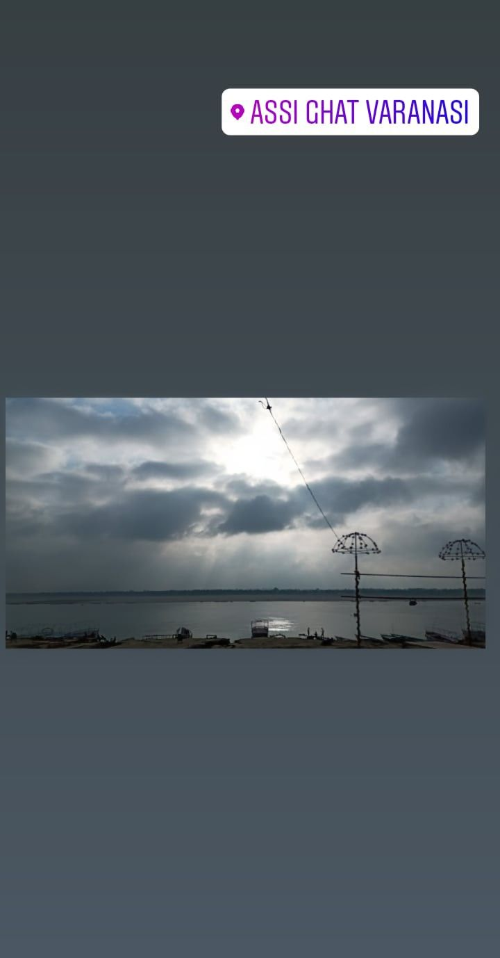 #sunrise #rainy #monsoon #assighat #varanasi #mobileclick #naturephotography #nature #oneplus #trending #cloudy #mobilephotography #ganga #indiaclicks #india