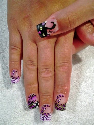 #BlackCat  #fingernaildesigns #nails #Tips #acrylicnails #acrylic     #fingernails #nailpolish #fingernailpolish #manicure #fingers  #hands #prettynails  #naildesigns #nailart #pedicure #hands #feet #naillacquer