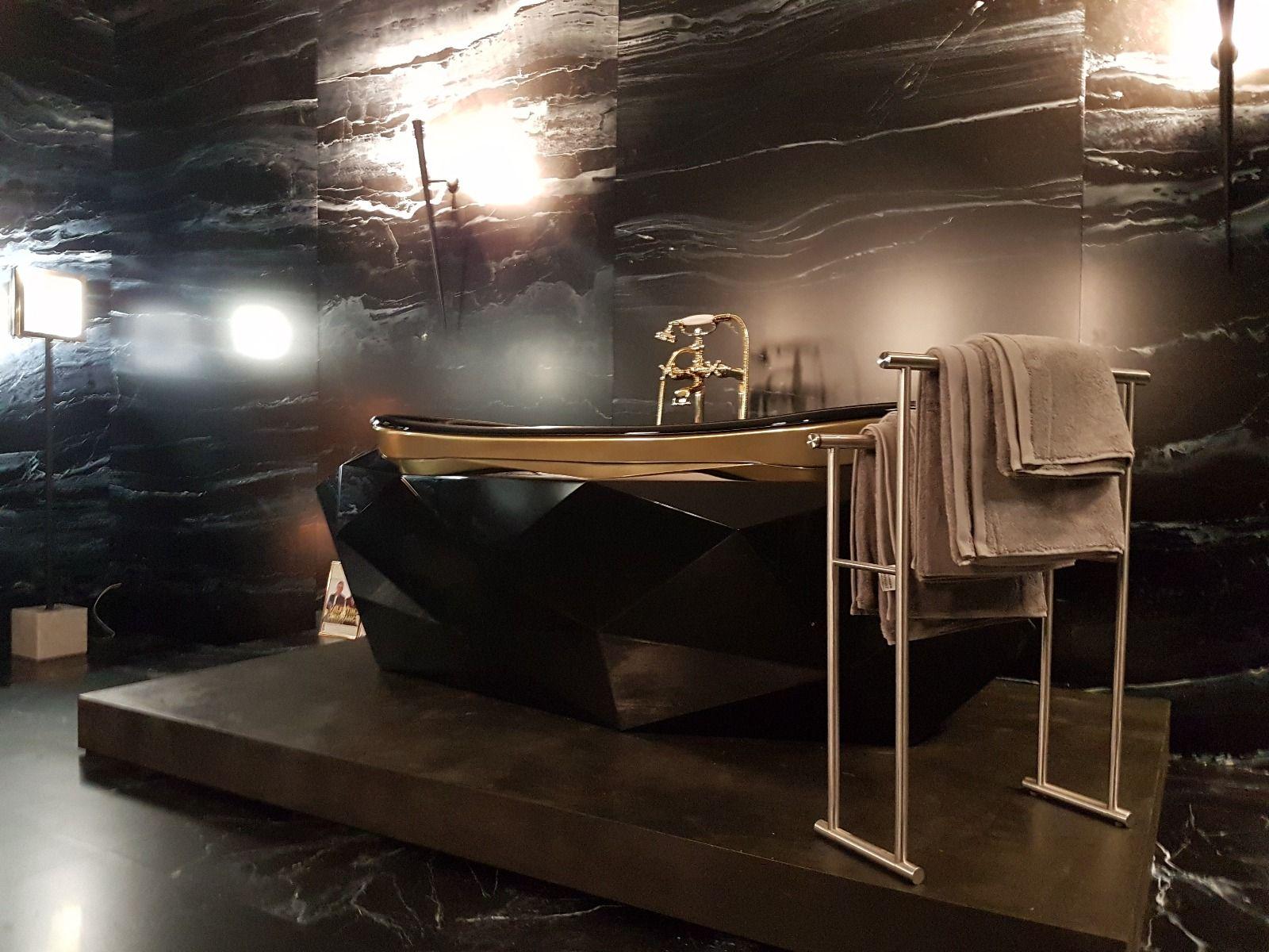 Saviez-vous que notre Diamond Bathtub est maintenant une célébrité ...