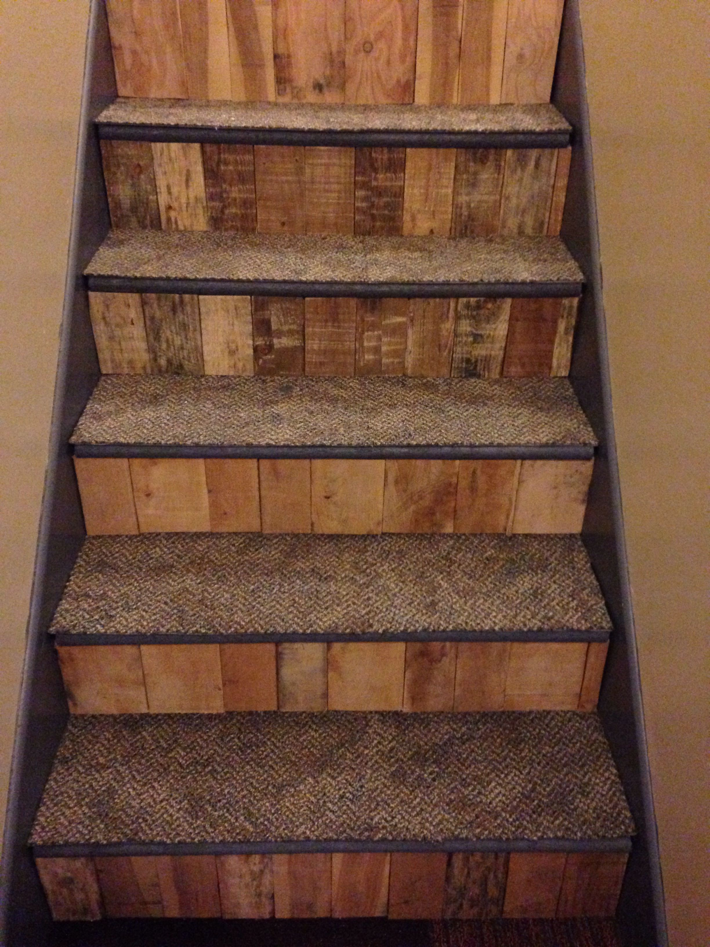 Pin On Pallet Stairs
