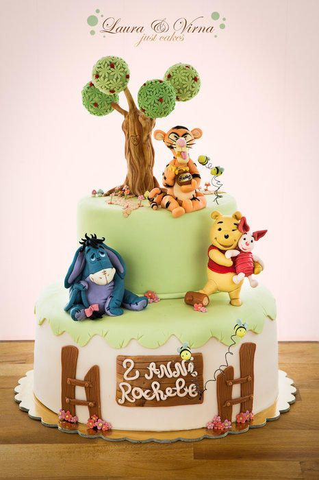 winnie the pooh cake cake by laura e virna just cakes hand painted cakes in 2018 pinterest. Black Bedroom Furniture Sets. Home Design Ideas