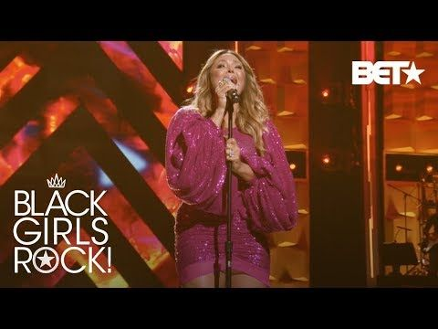 "Tamia Performs ""So Into You"" and ""Leave It Smokin'"" 