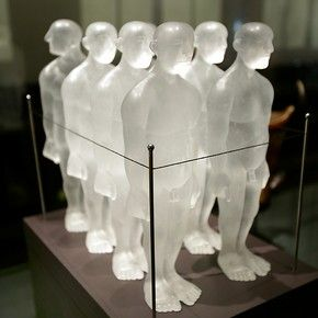 'A Captive Audience?' Cast glass, wood and metal by David Reekie, (b.1947) 2001. Gift of Paul Bedford (Museum no.C.112–2000)