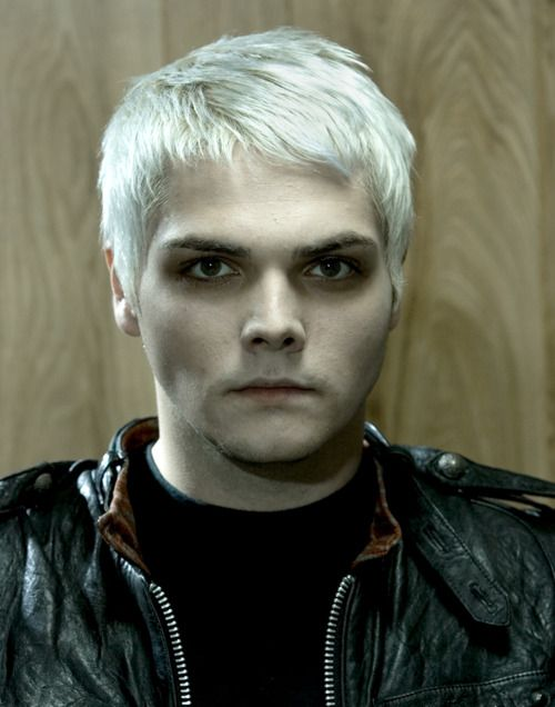 Gerard Blonde 3 With Images My Chemical Romance Gerard Way