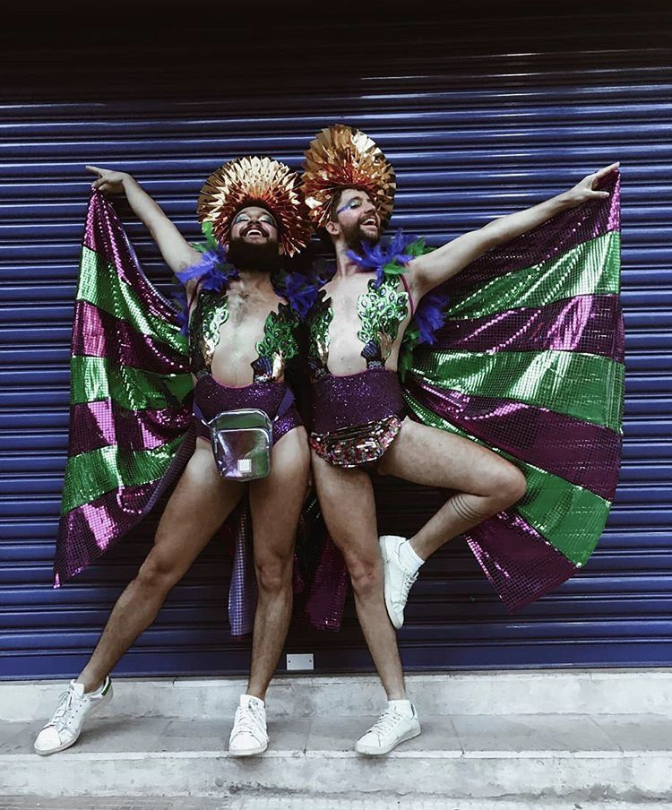 #FASHIONBOYS || TREND: #INSPIRATION pinterest.com/ojuanroch instagram.com/juanroch #fashiongirls #boys #gays #menstyle  #carnaval #glitter #fantasiadecarnaval #fantasy