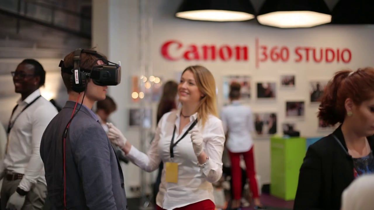 Rewind FX // Catwalk Model Experience - Canon 360 London Fashion