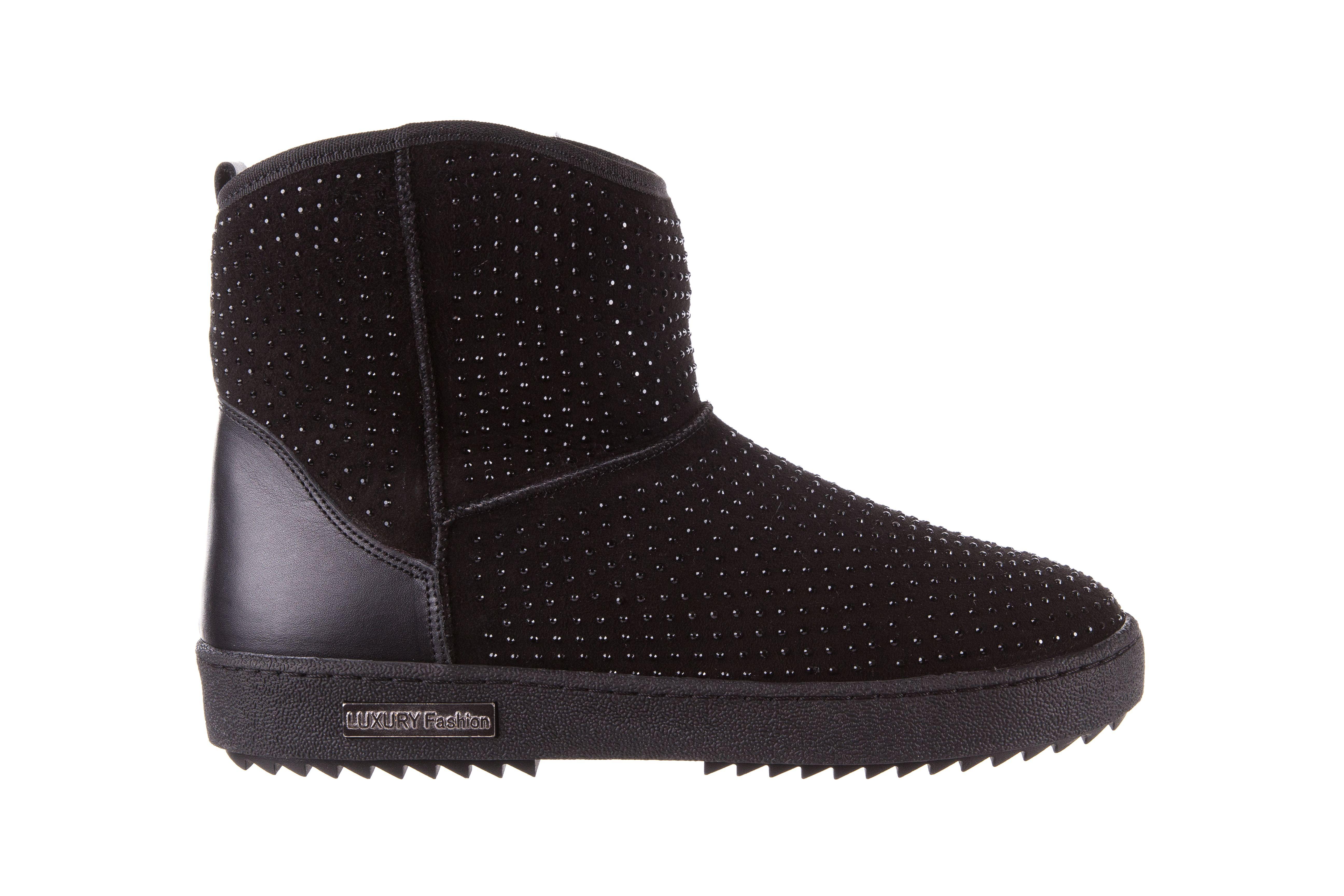 Bayla 161 7063 Czarne Sniegowce Czarne Sniegowce Z Naturalnego Kozucha Ocieplone Ozdobione Polyskujacymi Czarnymi Dzetami Antyposlizg Boots Ugg Boots Uggs