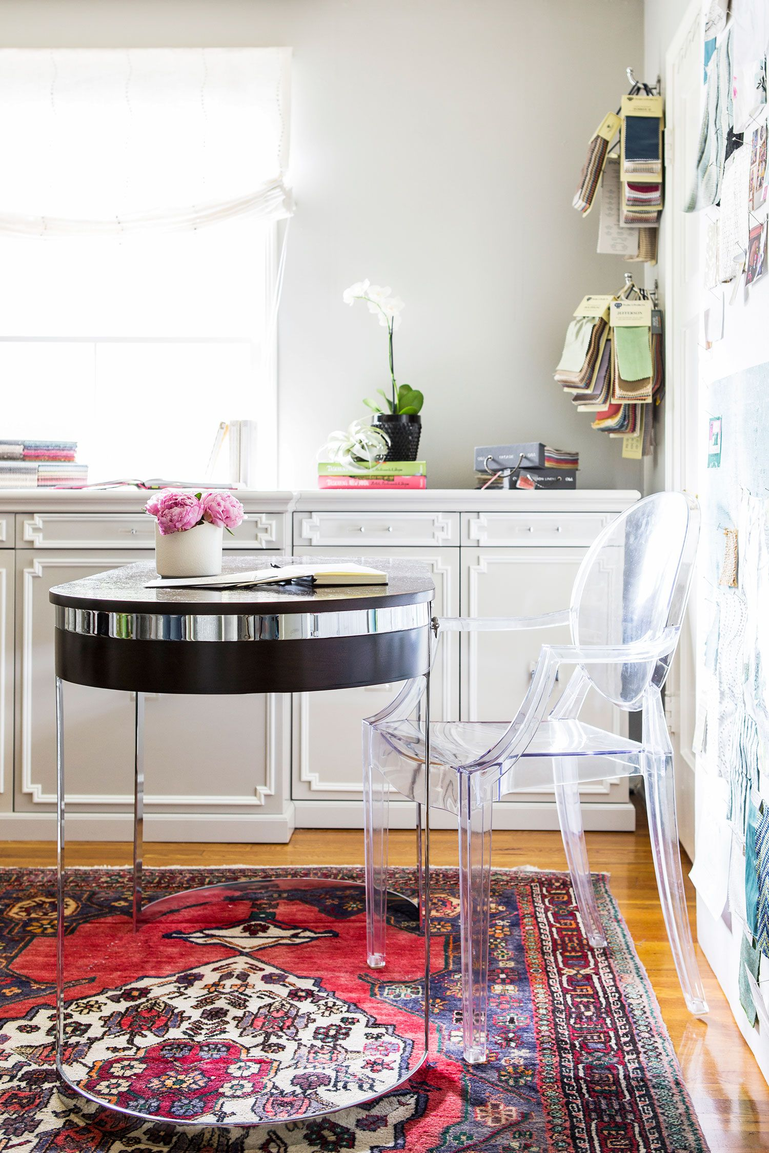 A Visit to the Glamour Nest: At Home with Designer Jess McClendon ...