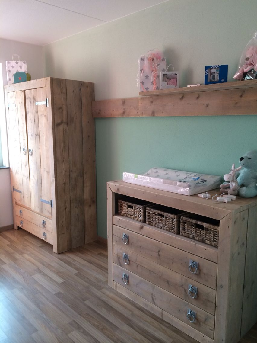 Babykamer steigerhout mint | Nursery little girl #2 | Pinterest ...