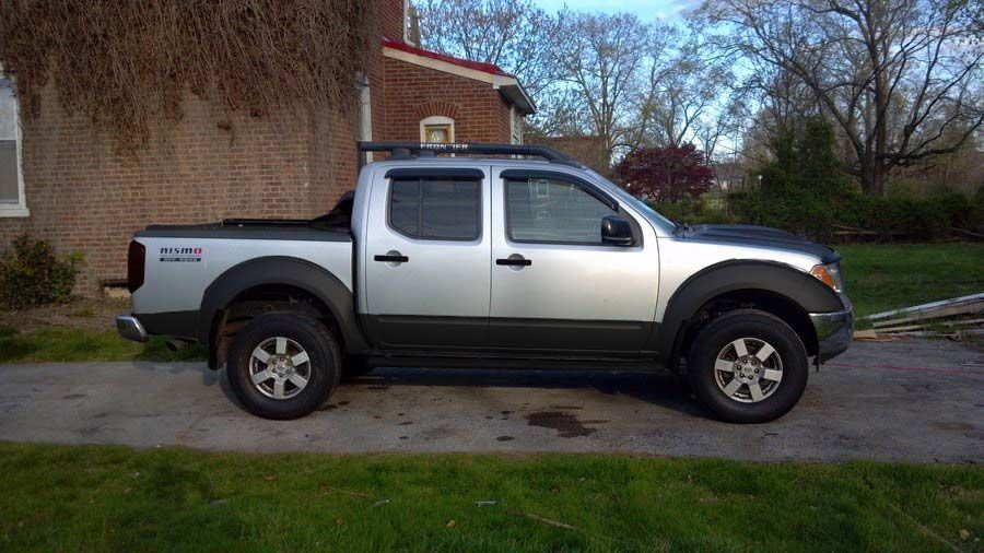 Custom frontier truck custom two tone paint question nissan custom frontier truck custom two tone paint question nissan frontier navara forum sciox Image collections