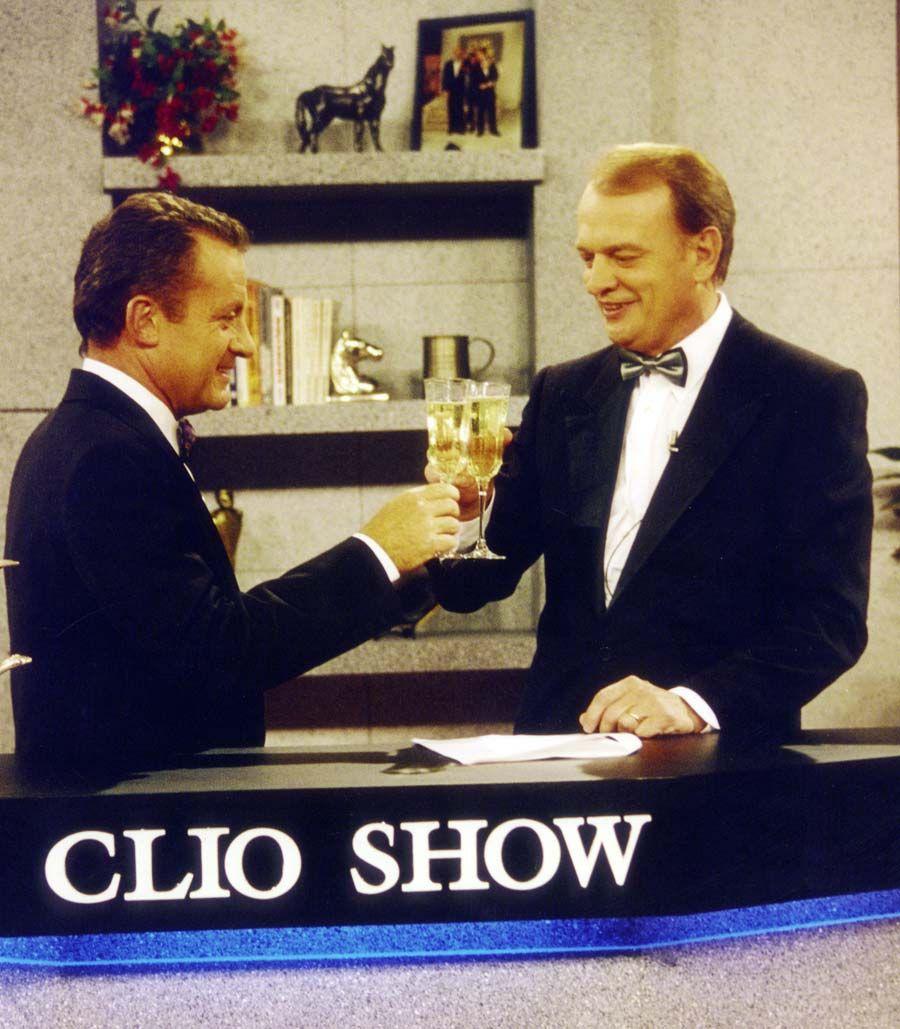 Julio Lagos y Juan Gujis, conductores del programa CLIO SHOW, Canal 13, Buenos Aires, 1984.
