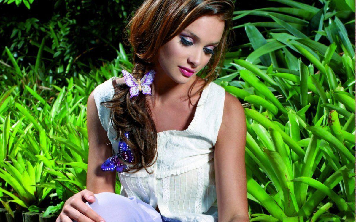 http://www.celitel-anastasiya.ru -- Если хотите узнать недостатки девушки, похвалите её перед подругами...