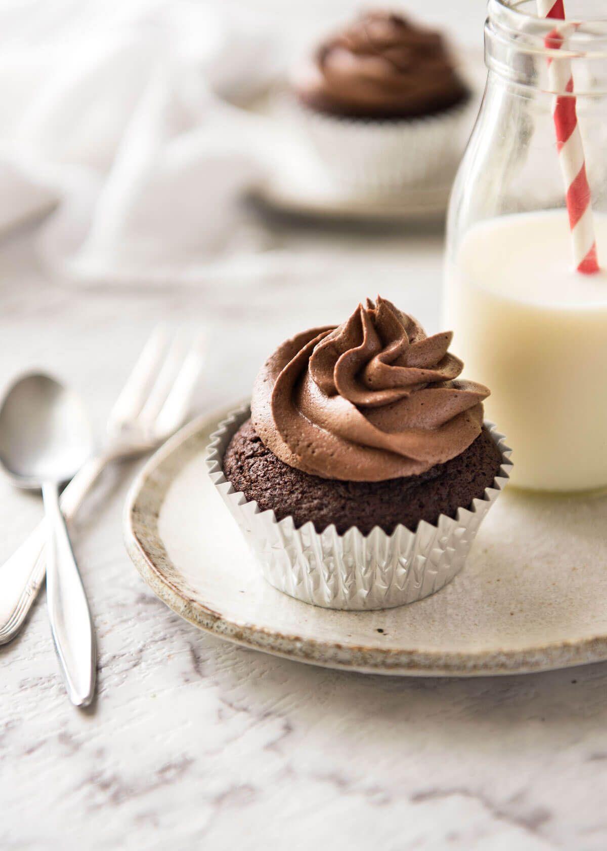 Best easy chocolate cupcakes recipe easy chocolate
