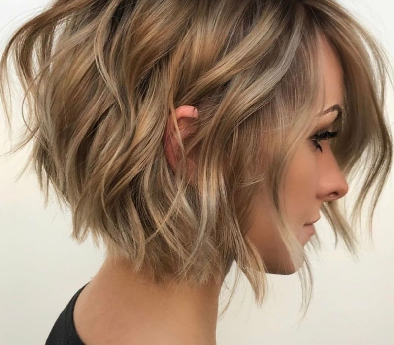 20 Beautiful Short Hairstyles to Get Inspiration from for Christmas