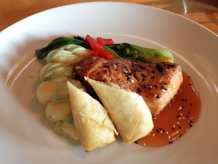 Mythos Salmon