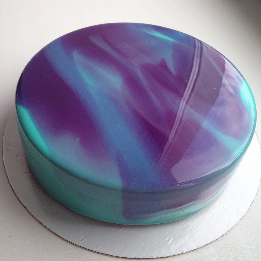 Des gâteaux au glaçage brillant et marbré impressionnant | Marbré ...