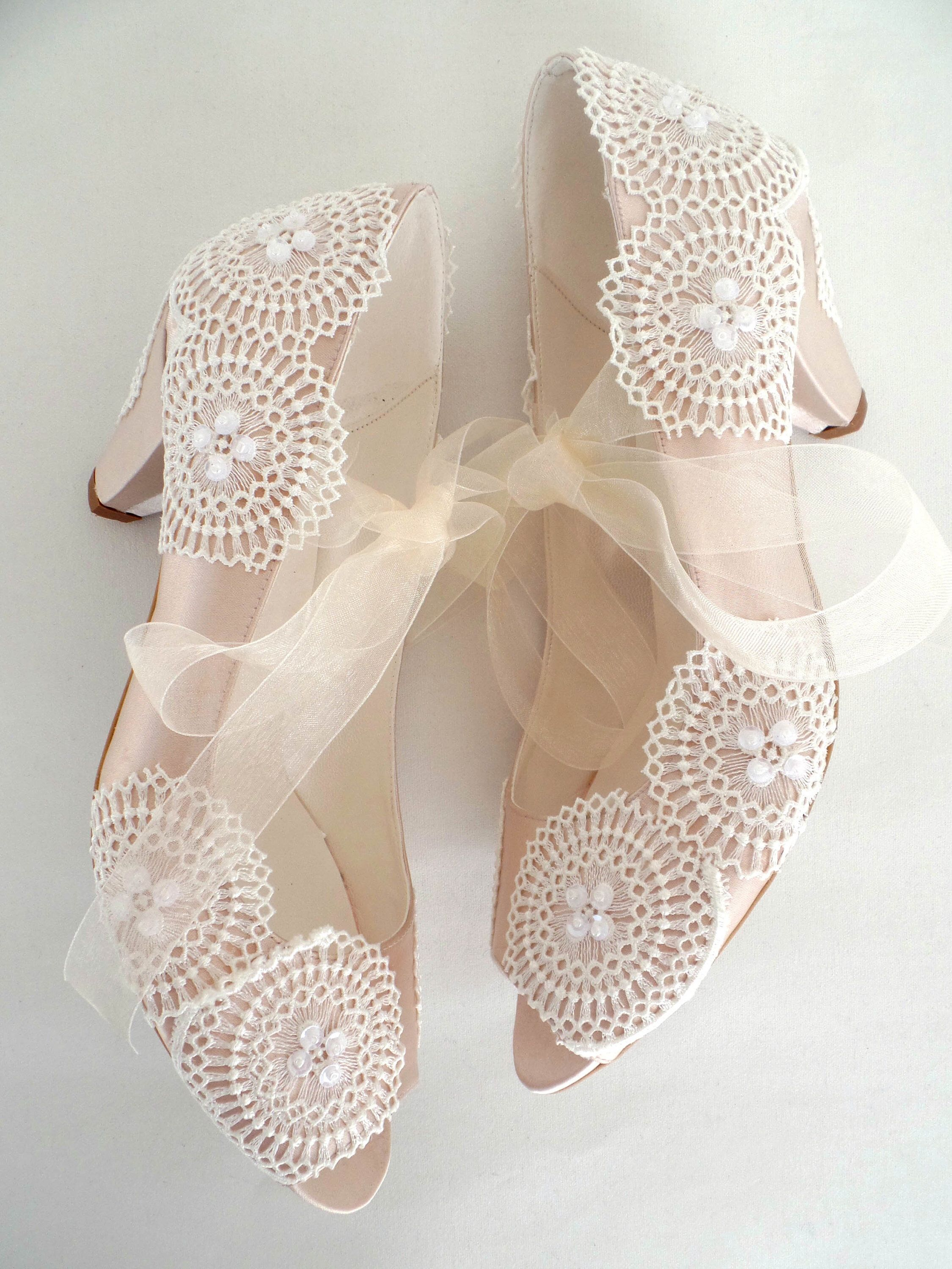 Low Heel Boho Wedding Shoes Champagne Satin Ivory Lace Etsy Wedding Shoes Lace Boho Wedding Shoes Wedding Shoes