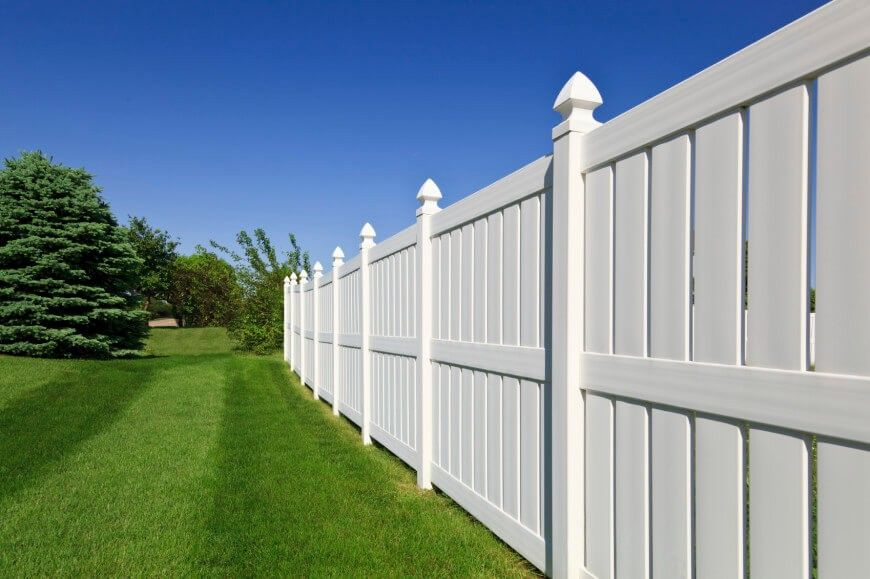Vinyl White Fence 4 Foot Vinyl Fence Panels Install Vinyl Fence Post In Concrete Pvc Fence Vinyl Fence Panels Front Yard Fence