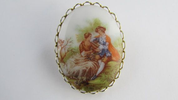 Fragonard Brooch/Cameo, Vintage Cameo, Porcelain Cameo Brooch, Victorian Courting Couple, Signed Print Mid Century Brooch, FREE SHIPPING