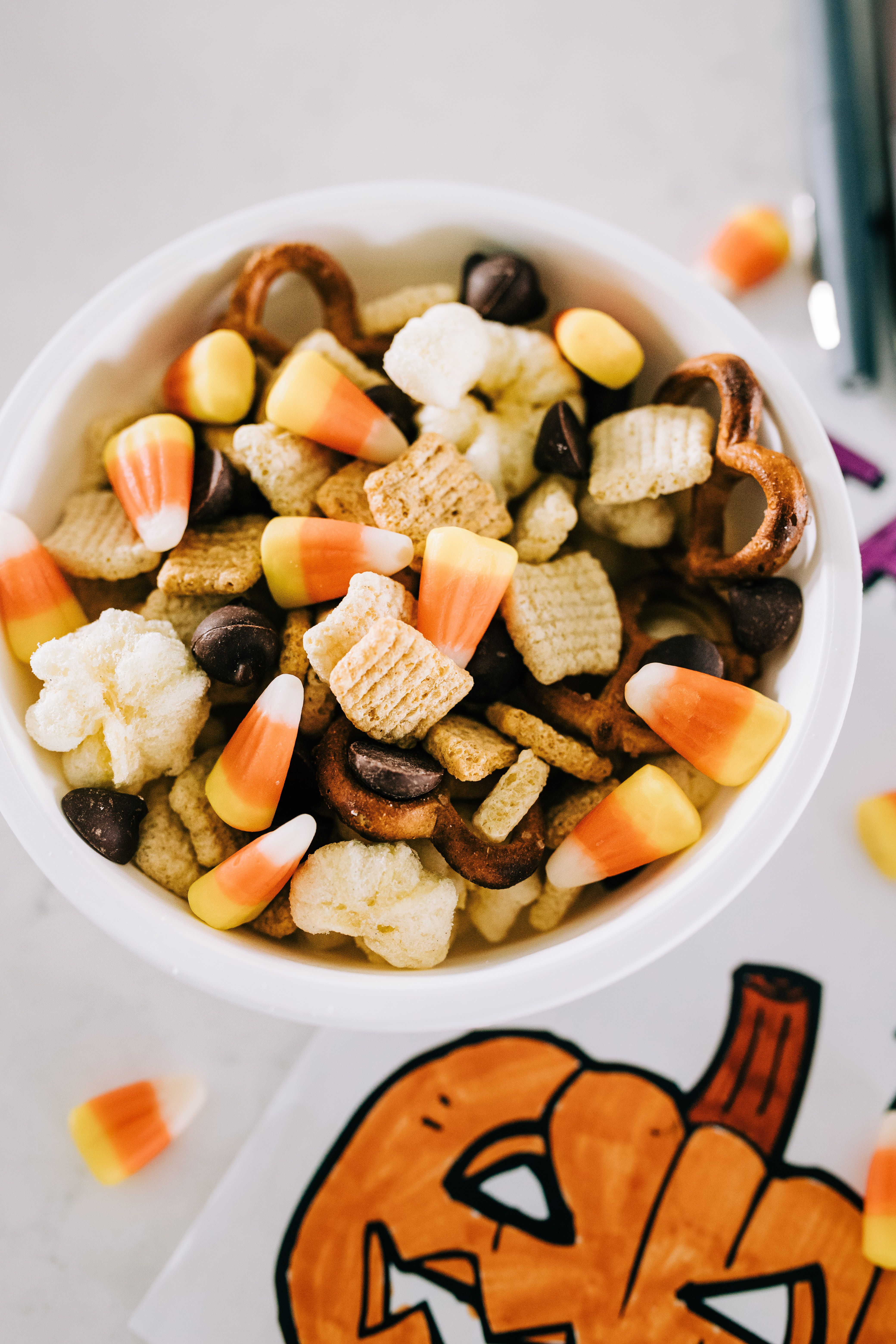 Harvest Snack Mix for Kids // Crazy Life with Littles