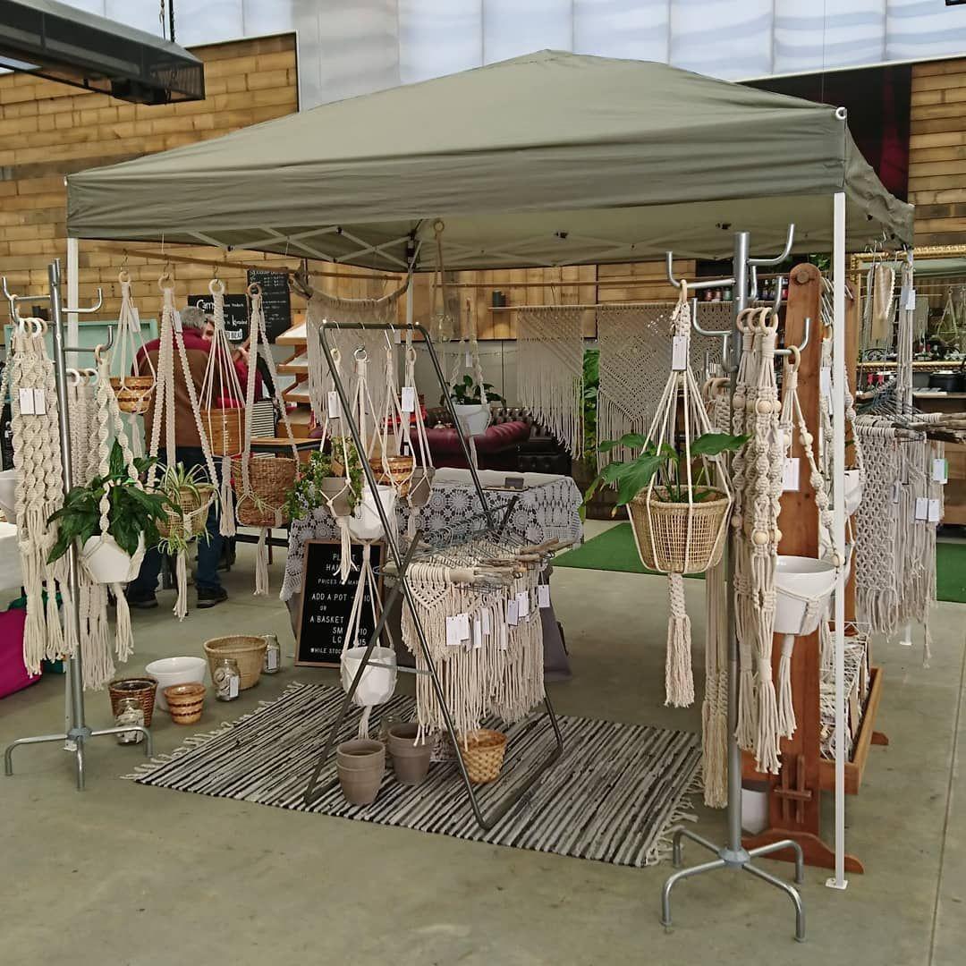 すべての設定を行@providoreplace!!! 市場から10-2日-ありがとうございました。 ✌🏼▫️ #手作り #macrame #fibreart #macrameart... #Craft Show Booths Set Up #knotkaren #macraméにInstagram全ての設定を行providoreplace #市場から102日ありがとうございました #手作りmacramefibreartmacrameart