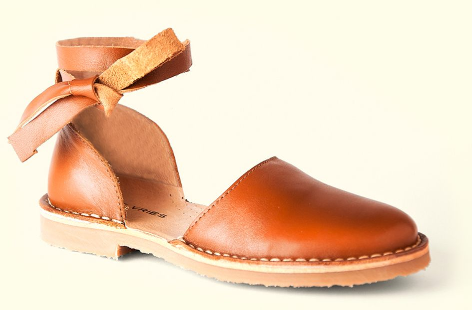 No 2 Mary Jane Wrap | De Vries | Amazing European leather shoes