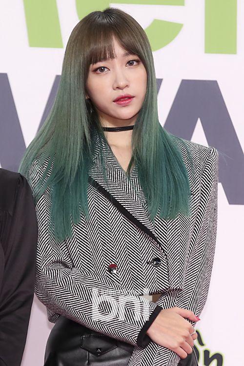 Idols Generation Kpop Girls Blue Hair Pink Hair