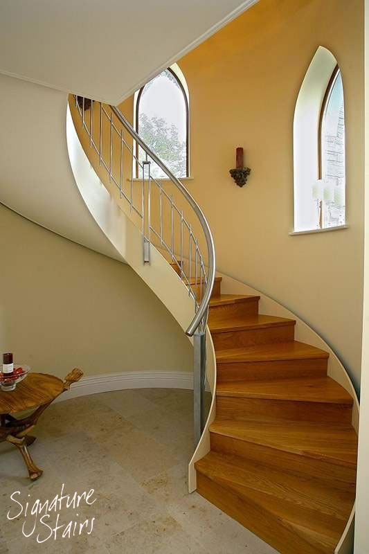 Best Closed Rise Curved Staircase With Helical Stainless Steel 400 x 300