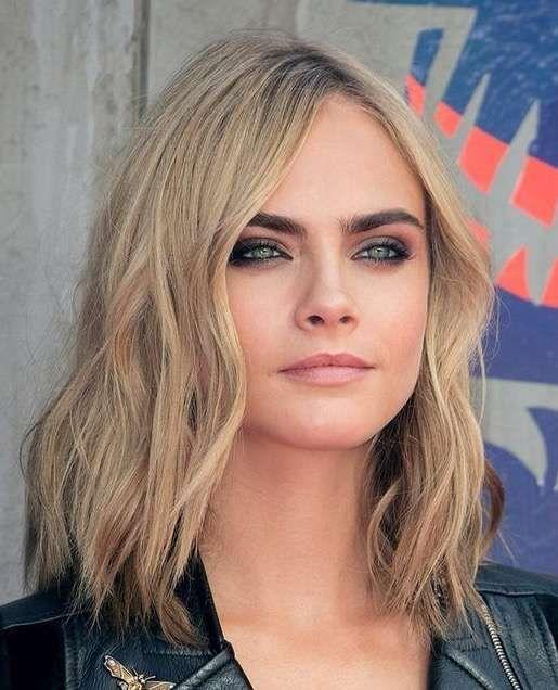 Corte de pelo largo puntas desfiladas