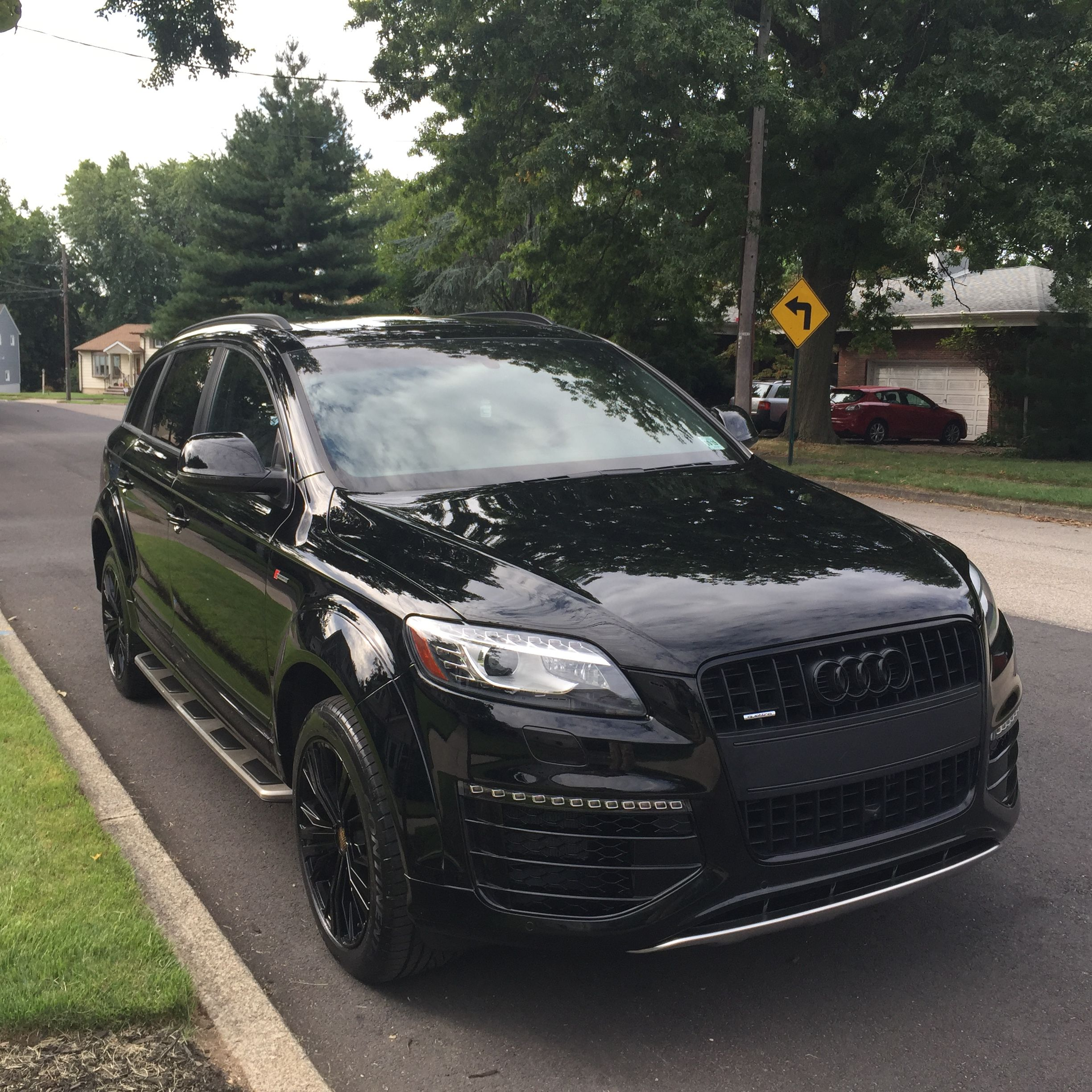 audi q7 with sports pack murdered out rides pinterest audi q7 cars and vehicle. Black Bedroom Furniture Sets. Home Design Ideas
