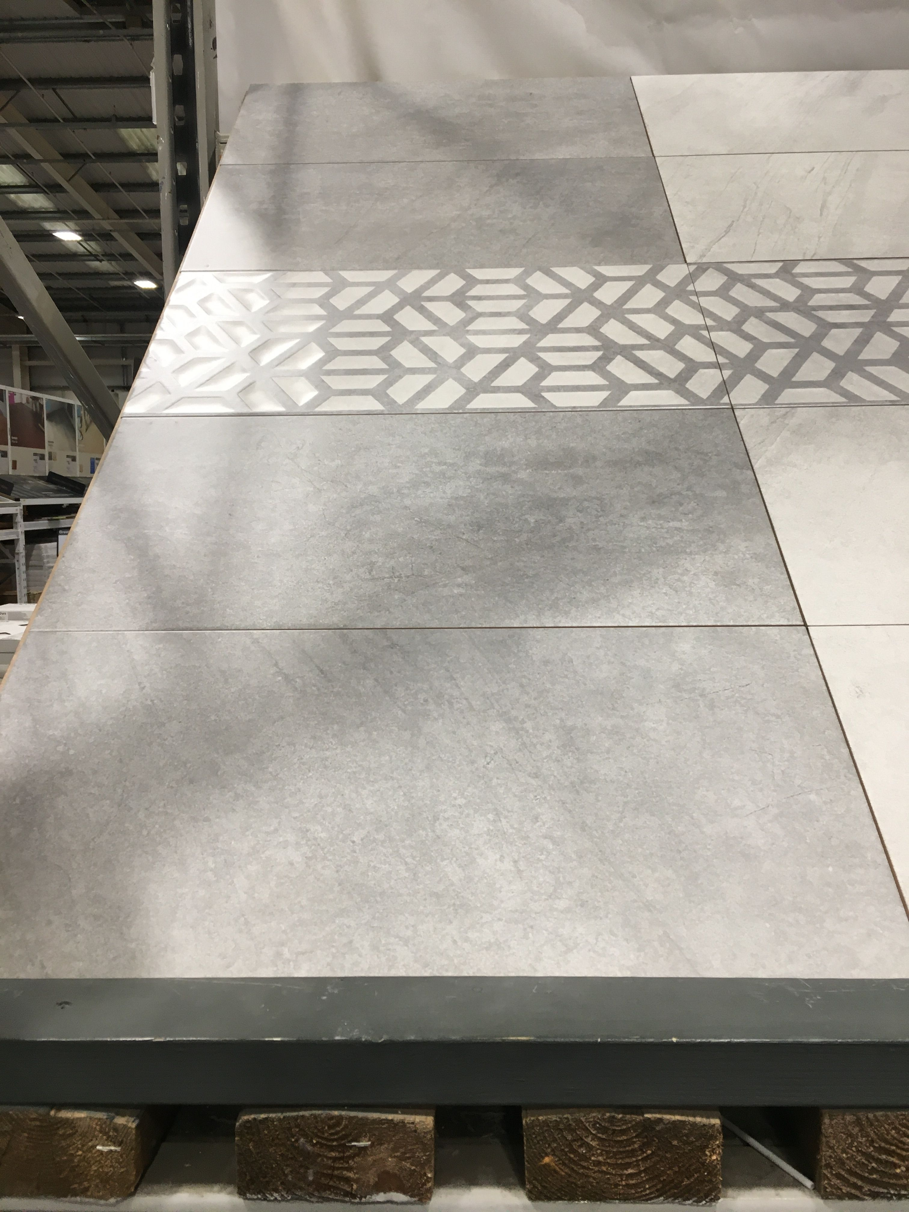 Pin By Jo On En Suite In 2020 Flooring Tiles Tile Floor