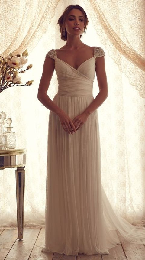 30 Flowing Grecian-Styled Wedding Dresses  e3ed706eb49b