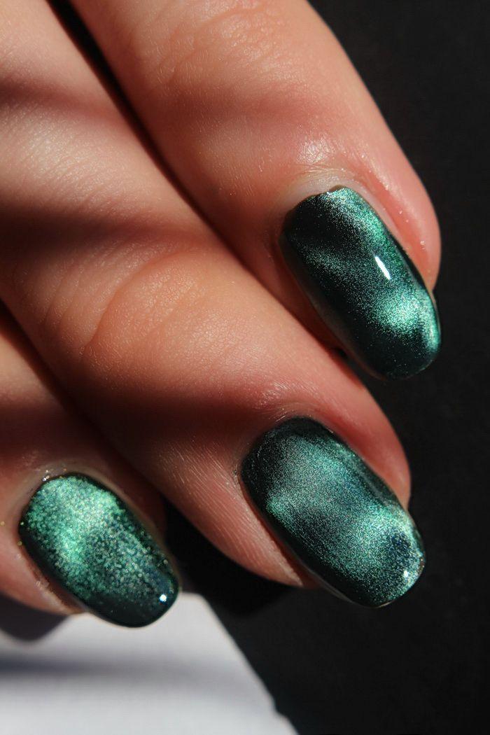 grüner Effekt Nagellack
