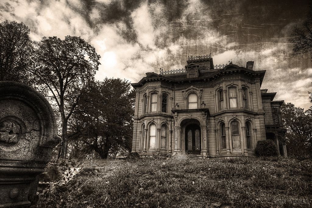 Abandoned 1881 Italianate Style Mansion Thats Known By The Locals To Be Haunted