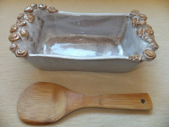 Handmade Ceramic Bread Pan Rustic Italian By Wildcrowfarmpottery Love The Timeless Beauty And Neutral Colors Handmade Ceramics Ceramics Pottery