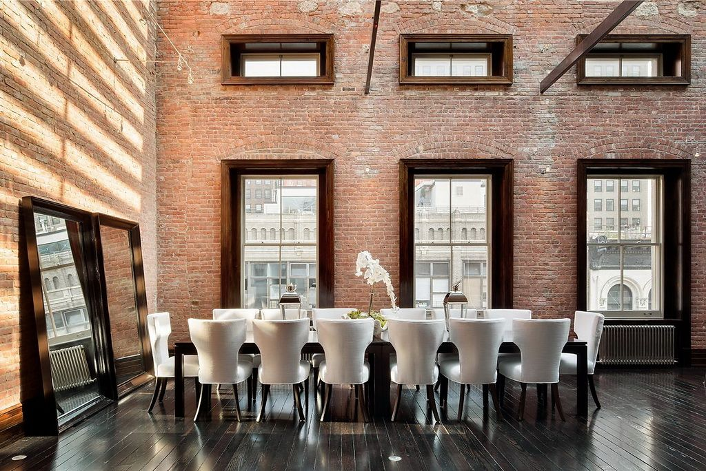 Former Shoe Store is Now Tribecau0027s Incredible $45 Million Mansion - table salle a manger loft