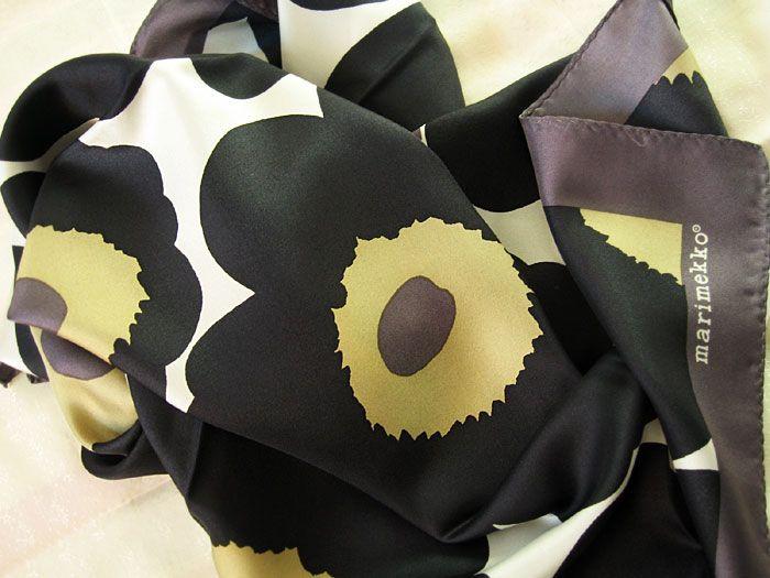 Unikko silky scarf by Marimekko   Marimekon Unikko -silkkihuivi ... a63734f7d8