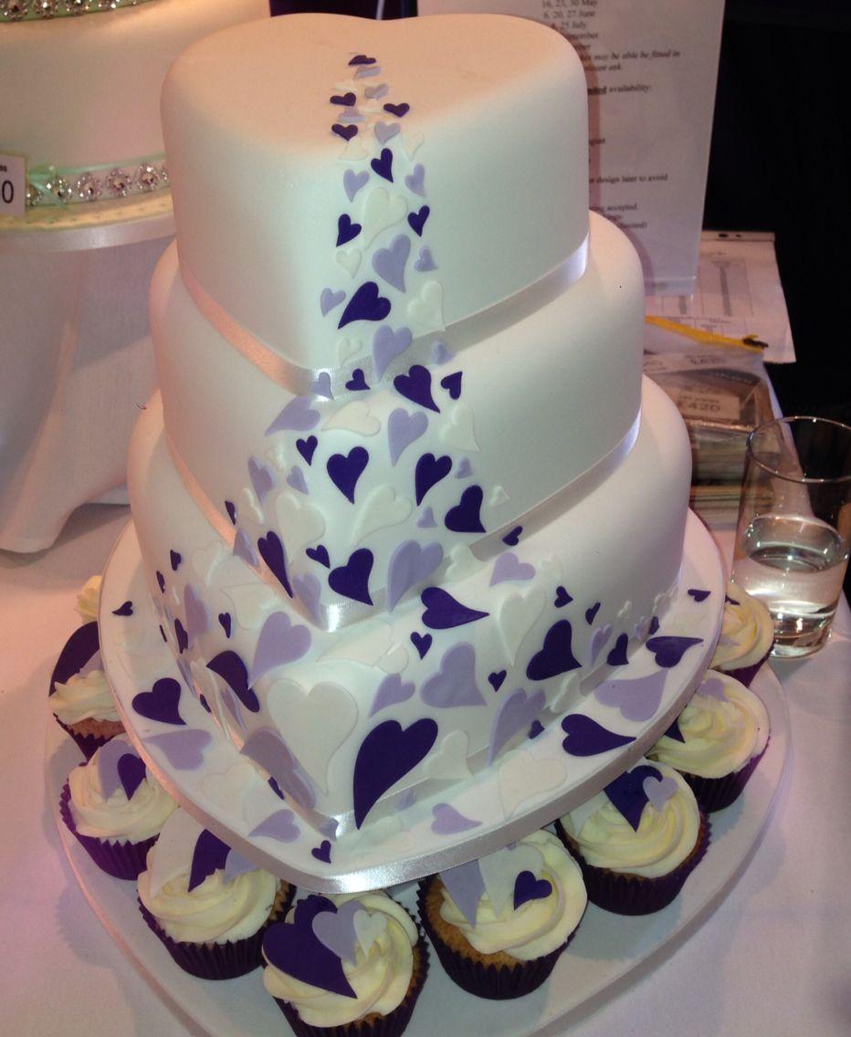 Heart shaped wedding cake | Heart shaped wedding cakes ...