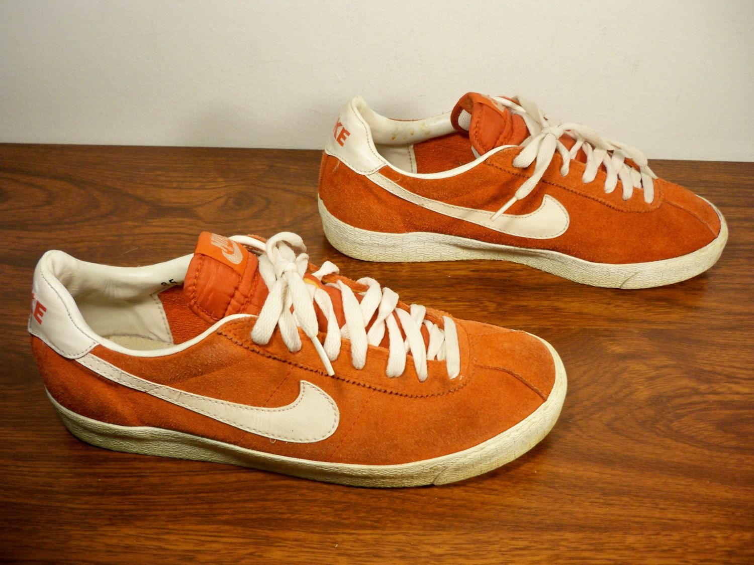 Vintage 1994 '90s Nike Bruin Red Suede Leather Men's Hipster Skater  Skateboarding Sneaker Tennis Shoes