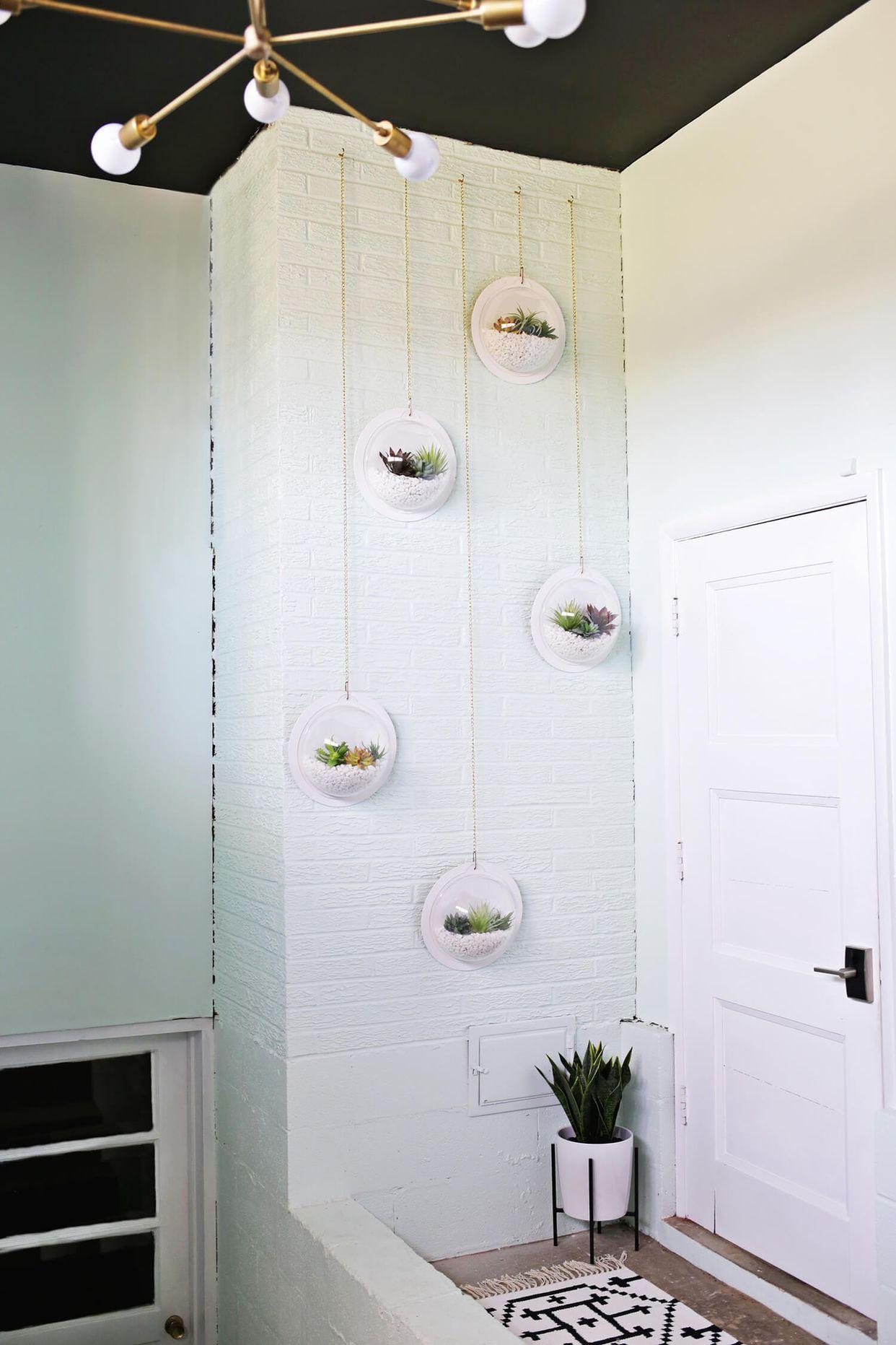 Hanging Terrarium Wall DIY (A Beautiful Mess) | Hanging terrarium ...