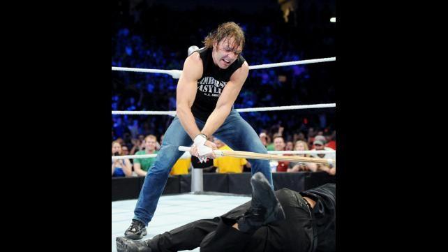 Seth Rollins vs. Roman Reigns: fotos   WWE.com