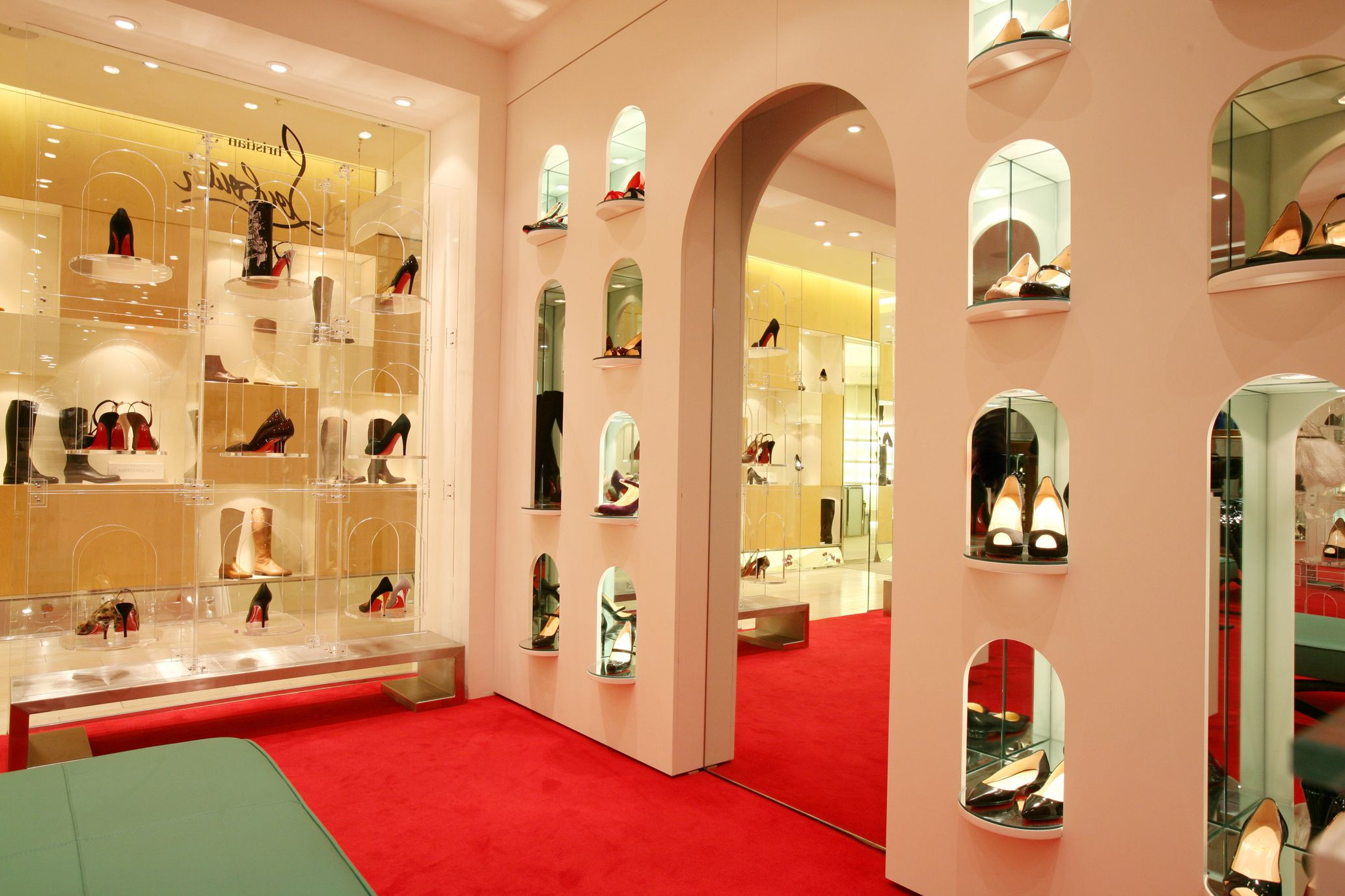 boutique louboutin amsterdam
