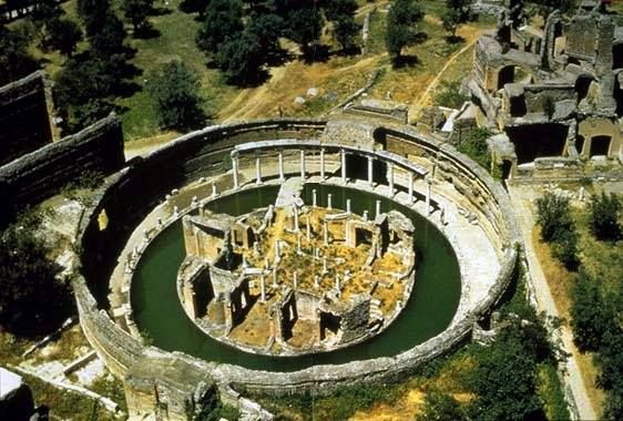 The Maritime Theatre From Above Villa Hadriana Tivoli Rome Italië Plaatsen