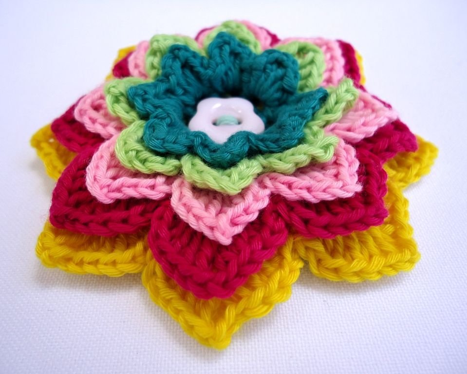 Stitch of Love: Patterns: Crochet Flower Brooches - Colorful flower ...