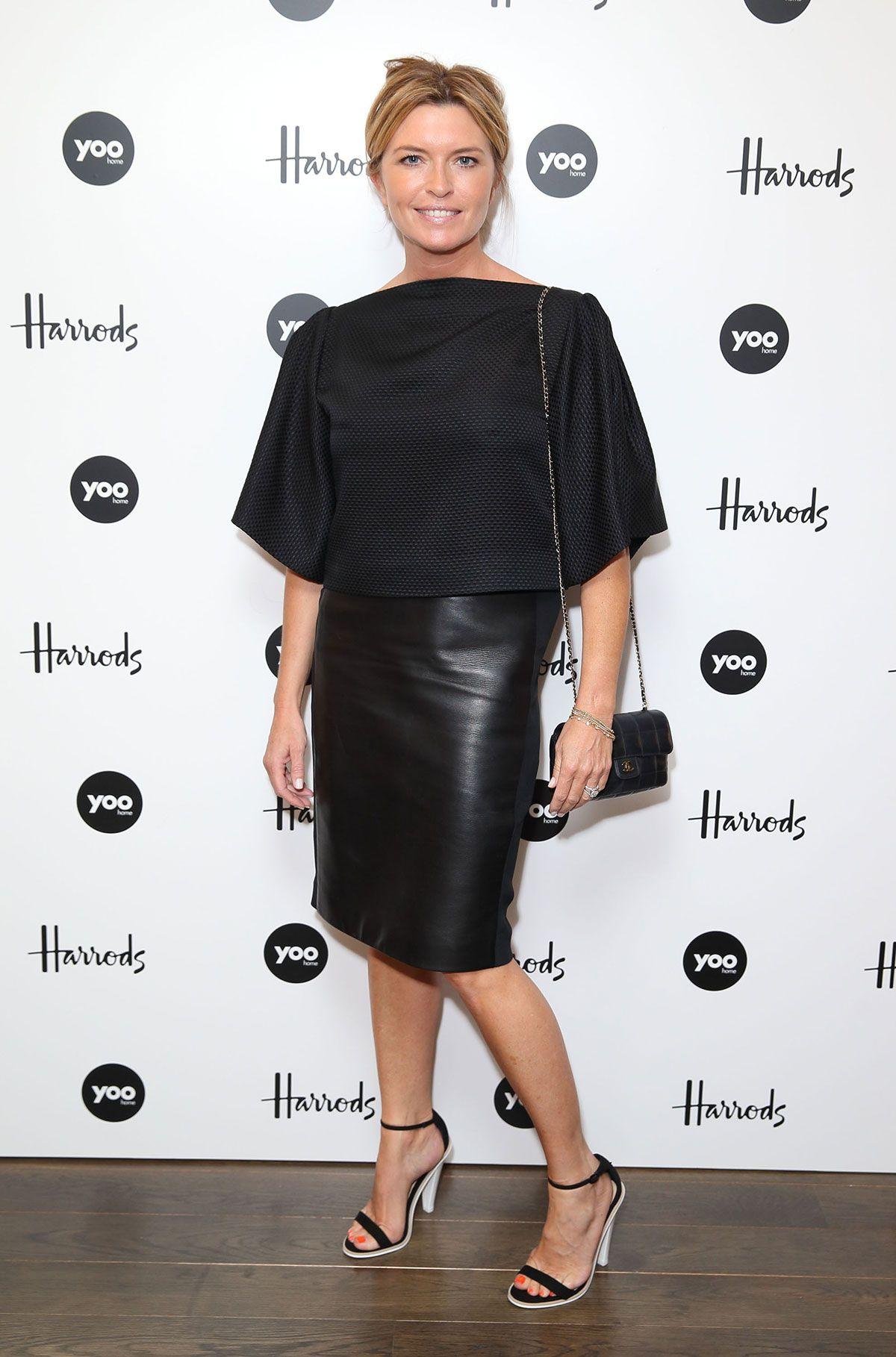 Tina Hobley (born 1971)