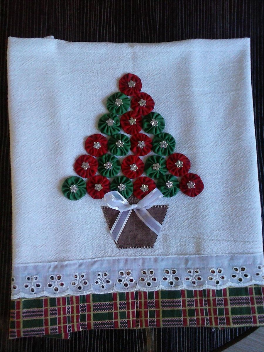 Pano de prato pinheirinho de natal | Patchwork, Yo yo and Patches