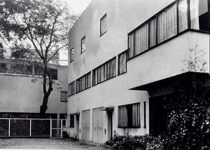 Le corbusier villa la roche 1923 25 paris 100 buildings pinterest le - Villa la roche corbusier ...