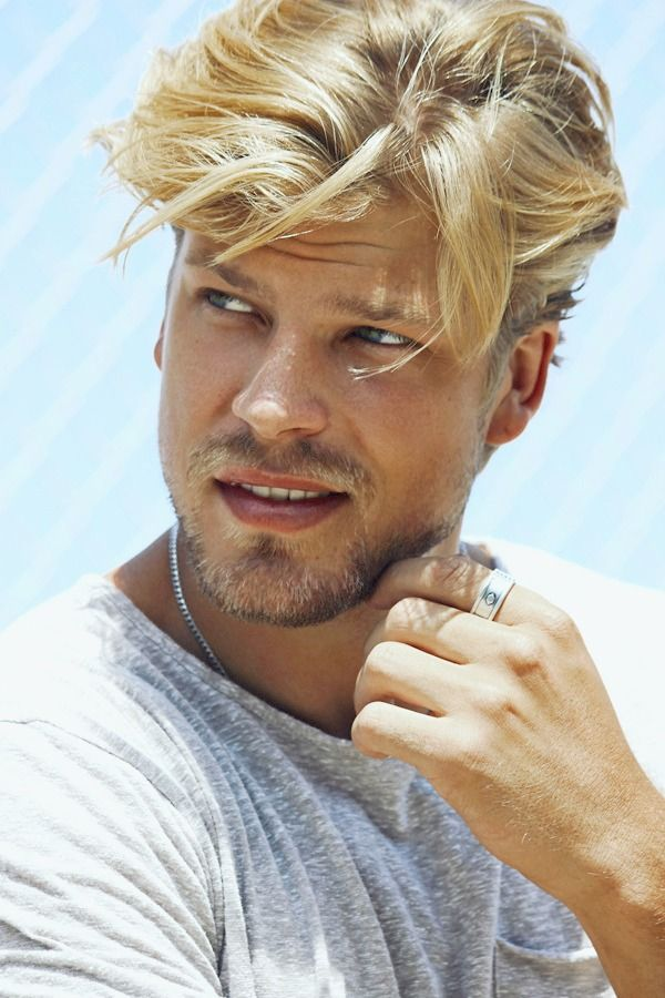 Handsome Blonde Guys Mens Hairstyles Warm Blonde Hair
